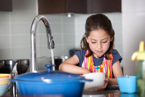 Приучаем ребёнка к домашним обязанностям