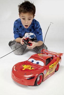 Радиоуправляемые игрушки: что подарить ребенку