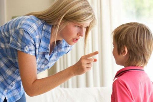 Как правильно вводить систему правил в жизнь ребенка?