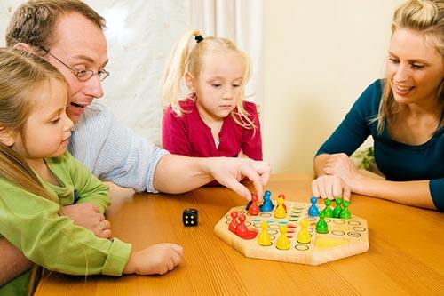 Играем с детьми дома