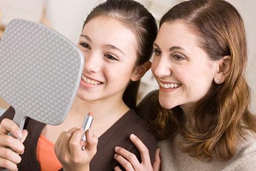 Как помочь девочке-подростку избежать комплексов. Советы для мам