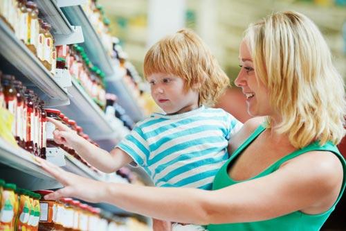 Как научить ребенка правильно вести себя в магазине