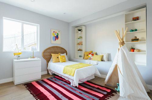 Как выбрать мебель для комнаты ребенка или подростка?