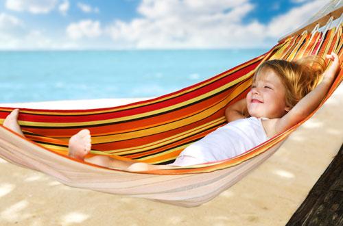 Как правильно оздоровить детей на летних каникулах