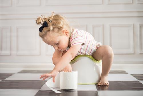 Приучение к горшку: советы ленивой маме
