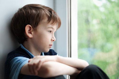Замкнутость ребёнка. В чём причины и как помочь?