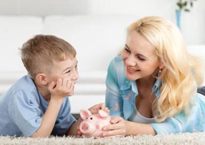 Почему так сложно разговаривать с детьми о деньгах?