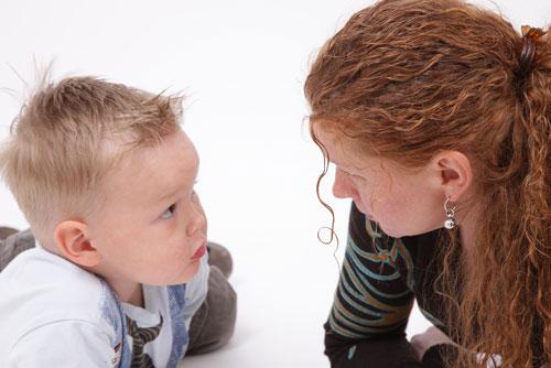 7 советов, что делать, если ребенок говорит «плохие слова»